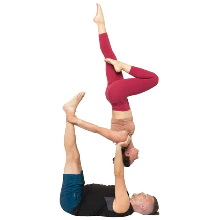 acroyoga haltung pose supported Reverse Shoulder Stand stagged leg