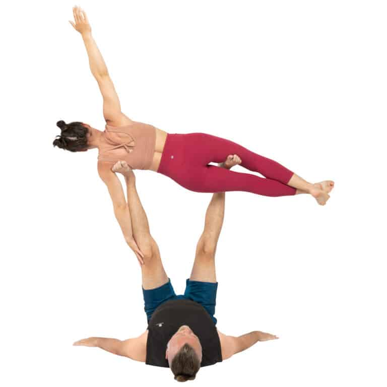 acroyoga haltung pose Reverse Couch